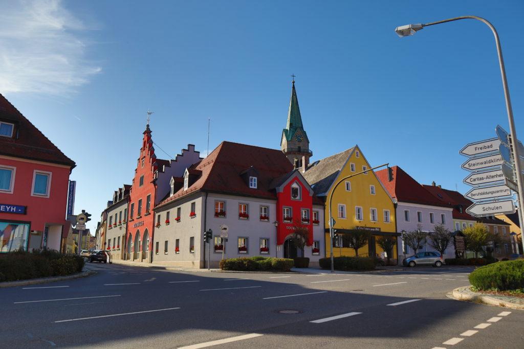Rathaus und Kirche Erbendorf